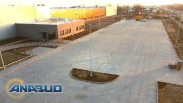 Budowa parkingu z kostki betonowej