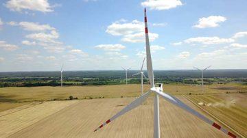 Budowa elektrowni i farm wiatrowych